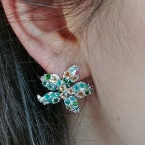 Jewelry - Precious Gem Silver Flower Earrings